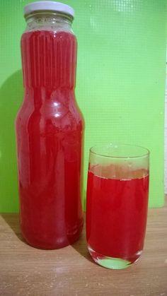 Морс из клюквы - полезнейший напиток. 250 гр клюквы 1,5 л. воды 150 гр сахара Измельчите клюкву Ск 6\10 сек , добавьте сахар, ...