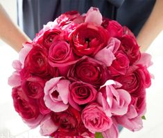 red-and-pink-wedding-bouquets