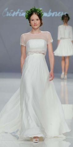 Cristina Tamborero Kollektion 2017 BARCELONA BRIDAL FASHION WEEK http://www.hochzeitswahn.de/inspirationsideen/cristina-tamborero-kollektion-2017/ #bride #weddingdress #fashion