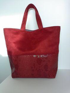 Sac cabas en simili et suédine rouge avec passepoil assorti : Sacs à main par les3bobines