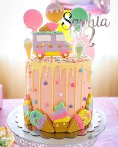 Ice cream theme cake / buttercream cake - Hanna Volkmar - Beyond Binary Ice Cream Birthday Cake, Ice Cream Party, 2nd Birthday Cake Girl, 4th Birthday, Ice Cream Social, Candy Party, Candy Theme Cake, Candy Theme Birthday Party, Birthday Parties