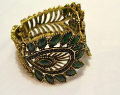 Bracelete folha verde - Lojinha de Luxo