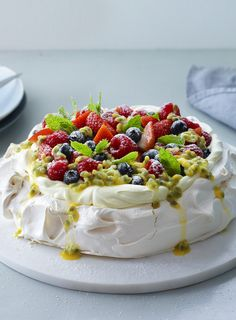 A pavlova is the perfect make-ahead dessert and flexes with the seasons. This version from the Hairy Bikers ticks all the boxes. Make Ahead Desserts, Just Desserts, Delicious Desserts, Yummy Food, Pavlova Cake, Pavlova Recipe, Baking Recipes, Cake Recipes, Dessert Recipes