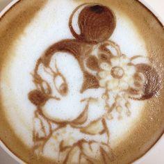 Minnie Mouse Latte art
