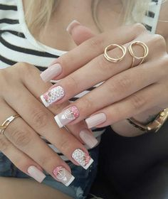 best trend makeup 2019 #photooftheday #photo #selfie #style #beauty #makeup #look #lookdodia #ootd #ootn #outfit #nail #cabelo #hair #beauty #photo #unhas #esmaltes #uñas #nails2inspire #nails4yummies Love Nails, Fun Nails, Pretty Nails, Rose Gold Nails, White Nails, Nail Photos, Manicure E Pedicure, Square Nails, Perfect Nails