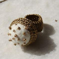 White crochet ring with felt bead Crochet Rings, Bead Crochet Rope, Textile Jewelry, Jewelry Art, Crochet Bookmark Pattern, Diy Necklace, Crochet Necklace, Diy Schmuck, Knitting Accessories