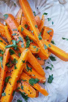 Marokańska sałatka z gotowanej marchewki   Vi&Raw