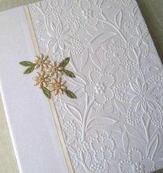 Wedding Photo Album White Floral with Ivory Handstitched #EJWTT