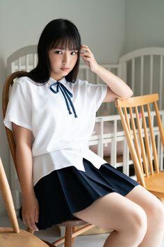 Pin on 女子高生 « Luna Margarin - 美しさ Japanese School Uniform Girl, School Girl Japan, School Uniform Fashion, School Girl Outfit, School Uniform Girls, Girls Uniforms, Japan Girl, Girl Outfits, Beautiful Japanese Girl