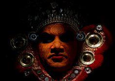Vishnumoorthi Theyyam Dancer