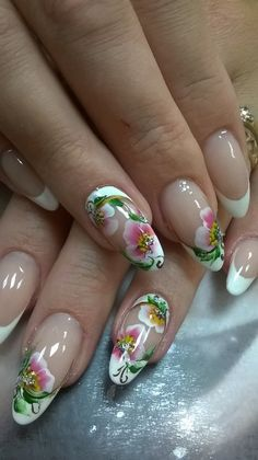 What a chic French manicure: great photo ideas - Nail Designs 2019 French Nail Designs, New Nail Designs, Ombre Nail Designs, Beautiful Nail Designs, Wow Nails, Pink Nails, Cute Nails, Pretty Nails, French Nails