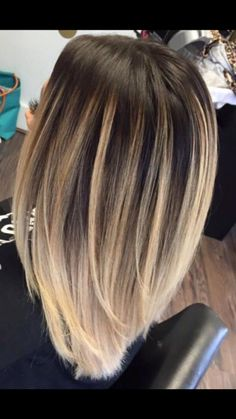 Love these colors! Light Bayalage to platinum Love these colors! Light Bayalage to platinum Baliage Hair, How To Bayalage Hair, Ombré Hair, Hair Day, Hippie Hair, Medium Hair Styles, Long Hair Styles, Brown Blonde Hair, Light Hair