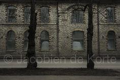 """Dit is de laatste week van de Najaarssalon Pulchri, Den Haag (tm 1 okt), waar mijn 2 fotowerken uit de serie """"Excluded"""" te zien zijn. www.jacobiendekorte.com"""