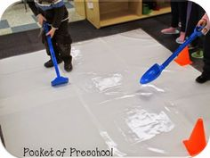 Pocket of Preschool: Ice Skating Rink in the Dramatic Play Center