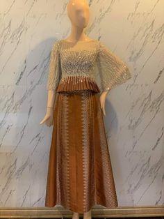 Kebaya Modern Dress, Kebaya Dress, Traditional Fashion, Traditional Dresses, Simple Dresses, Cute Dresses, Batik Dress, Muslim Fashion, Fashion Dresses