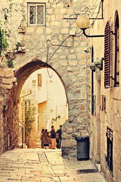 Jerusalem's Jewish Quarter - it never gets old walking through here