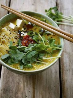 10-Minute Butternut Squash Ramen Bowl With Rice Noodles, Tofu & Fresh Pea Shoots | 22 Easy One-Pot Meals With No Meat
