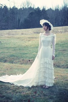 Vintage 30's wedding dress. When I saw this my eyes welled up with tears. This is the one.