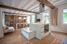 Bleibe - Tuchmacherhaus in Monschau: 3 Schlafzimmer, für bis zu 7 Personen, ab 741 € pro Woche. Fachwerkhaus aus dem 18. Jhdt., modernes Design, Flusszugang | FeWo-direkt