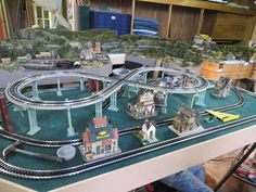 top view of building placement Toy Trains, Model Trains, Lionel Trains Layout, Ho Train Layouts, Entry Level, Top View, Shelving, Scale, Construction