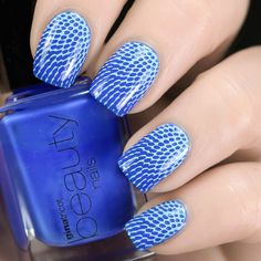 #ginatricot Clear Blue with light blue stamps from #moyoulondon Pro Collection XL -20.