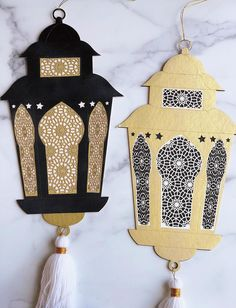 Elegant and sophisticated ways to decorate your home for Ramadan using intricate gold & black pieces from Muslim-owned businesses. Eid Crafts, Ramadan Crafts, Diy And Crafts, Crafts For Kids, Arts And Crafts, Paper Crafts, Decor Crafts, El Ramadan, Decoraciones Ramadan