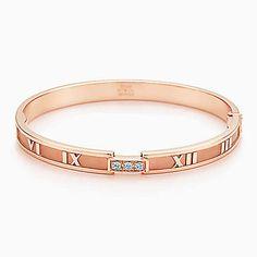 Atlas® closed hinged bangle in 18k rose gold with diamonds, medium.