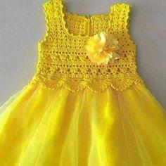 """""""Adressin with crochet y Crochet Yoke, Crochet Vest Pattern, Crochet Girls, Crochet Baby Clothes, Crochet For Kids, Crochet Diy, Baby Tulle Dress, Crochet Tutu Dress, Lace Top Dress"""