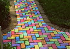 If we had a brick sidewalk when the girls were growing up, this would have been done. That's a chalk project that would have gotten me through Oprah, Dr. Phil and making dinner,   back in the day!