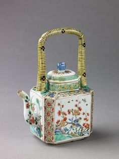 Antique Chinese Porcelain Teapot