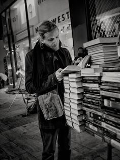 Street library - Athens, Greece - This also is a library!!!