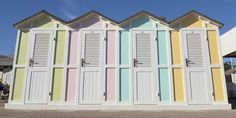 10 Bright Beach Bungalows That We Want To Move Into - TownandCountryMag.com