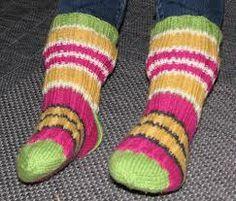 Villasukat (rakastan villasukkia ja niitä ei voi koskaan olla liikaa, extra pitkällä tai normaalilla varrella) koko 38  Kaikki värit ja kuosit ^_^