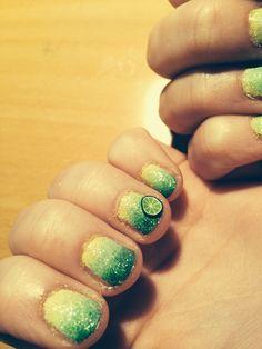 Lime nailart nail design ombre yellow Green lightgreen lemon