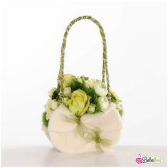 WS E2 Floral Wedding, Wedding Flowers, Floral Bags, Floral Purses, Modern Flower Arrangements, Green Plants, Bridesmaid Bouquet, Decoration, Seasonal Decor