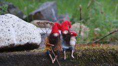 2 tiny Gnomes   4 von FairyfeltbySiSo auf Etsy