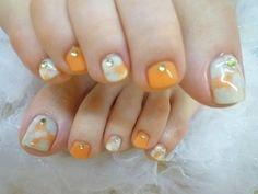 Although orange just makes me look pumpkin-ish. It brings out the worst in my skin tone. Cute Toe Nails, Toe Nail Art, Fancy Nails, Love Nails, Painted Toes, Nail Art Pictures, Nail Candy, Feet Nails, Toe Nail Designs