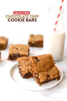 Grain-Free Chocolate Chip Cookie Bars / Fit Foodie Finds