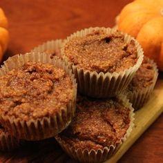 Pumpkin Pie Muffins - Get your pumpkin pie fix with this gluten-free muffin recipe. It's like having pumpkin pie for breakfast!