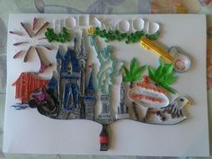 Attractions og the USA; coca cola, Statue of Liberty, Disney Land, Hollywood, Golden Gate, Empire State buiding, Las Vegas, Hard Rock cafe, the Eagle by quilling