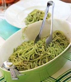 Spaghetti with fresh pesto