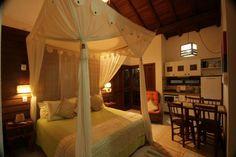 Foto de pousada vila boa vida Suite luxo Canggu Bed, Furniture, Home Decor, Pretty Neat Living, Better Life, Luxury, Decoration Home, Stream Bed, Room Decor