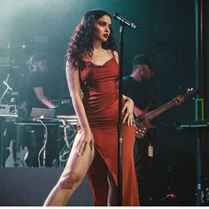 Silky dress worn by Sabrina Claudio Pretty People, Beautiful People, Sabrina Claudio, Look Fashion, Fashion Outfits, Girl Fashion, Teen Vogue, Looks Vintage, Models