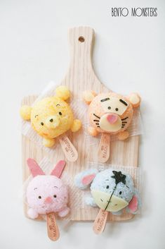 Bento, Monsters: Mickey,Minnie,Donald & Daisy Tsum Tsum Winnie the Pooh food art Disney Desserts, Cute Desserts, Disney Food, Kawaii Bento, Comida Disney, Kreative Desserts, Bento Kids, Cute Bento Boxes, Japanese Food Art
