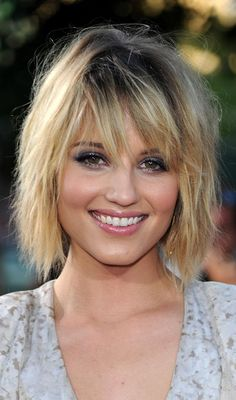Long bob hairstyles are one of the simplest ways to be trendy & still not cut your hair too short. Here is the list of top 10 most famous long bob hair looks.