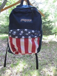 American flag jansport backpack (L O V E) Mochila Jansport, Jansport Backpack, Backpack Bags, Puppy Backpack, Hiking Backpack, Cute Backpacks, Girl Backpacks, School Backpacks, Mk Handbags
