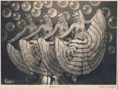 "Képtalálat a következőre: ""arizona bar revu mulato budapest"" Arizona Bar, Nightclub, Cabaret, Merino Wool Blanket, Budapest, Statue, Sculptures, Sculpture"