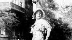 La película que esta semana se estrenó en los cines narra la vida de Lili Elbe, la primera persona en someterse a un cambio de sexo en 1930.