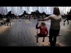 "▶ Ann Hamilton: ""the event of a thread"" 