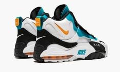 I Love My Shoes, Me Too Shoes, Nike Shows, Air Max Sneakers, Sneakers Nike, Shoe Brands, Nike Air Max, Astroturf, Mens Fashion